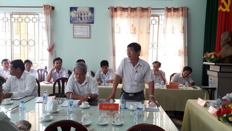 Đ/c Nguyễn Văn Huỳnh - Bí thư Đảng ủy khối Doanh nghiệp phát biểu chỉ đạo tại Hội nghị. (Ảnh: Châu Nhật Đông)