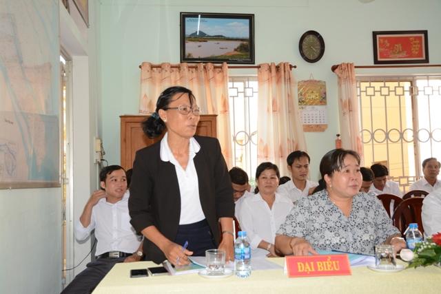 Bà Lê Thị Luyến phát biểu ý kiến